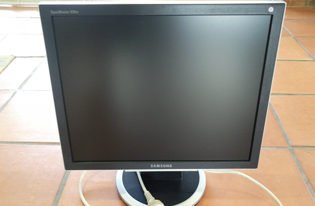 SAMSUNG SYNCMASTER 930BF DRIVER DOWNLOAD